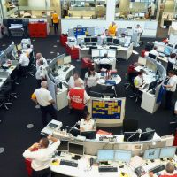 Keeping tabs: The operations center of New South Wales' Rural Fire Service in Sydney, which tracks bush fires around Australia's most populous state, is seen Friday. | AFP-JIJI