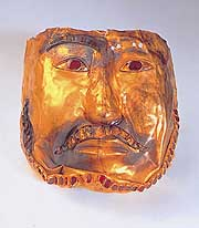 A gold mask (fourth-sixth century)