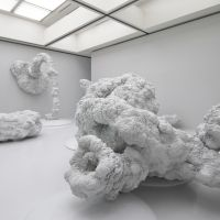 Of the earth: 'Scum-Apoptosis' (2011). Installation view of Kohei Nawa-SYNTHESIS 2011, Museum of Contemporary Art Tokyo. | PHOTO: SEIJI TOYONAGA (SANDWICH), &#169; 2011 KOHEI NAWA