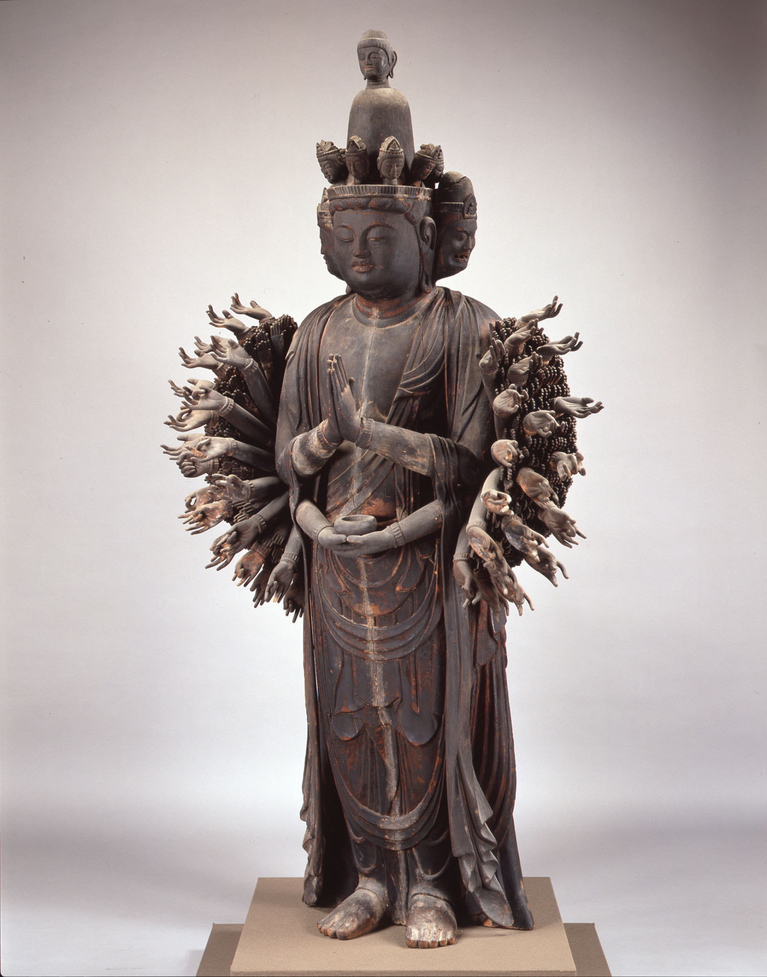 Important Cultural Property 'Thousand- Armed Kannon (Skt., Avalokitesvara)' (Heian Period, Early 11th Century) | ZENSHO-JI TEMPLE,RITTO-CITY, SHIGA-KEN