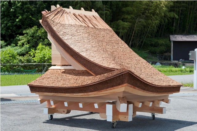 A life-size model of a Cypress-bark roof. | COLLECTION OF TAKENAKATOOLS MUSEUM