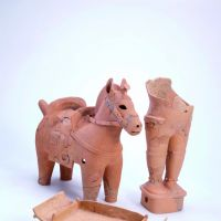 'Horse,' 'Sumo Wrestler' and 'Chair,' haniwa figures excavated from Ishiya Tumulus, Shimane Prefecture (Kofun Period, mid-5th century) | MATSUE CITY BOARD OF EDUCATION, SHIMANE