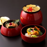 'The Heart of the Chef's Hospitality: Tankumakita's Cuisine and Serving Ware'