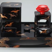 'Cranes: Maki-e Set of Otoso (New Year's spiced sake)'