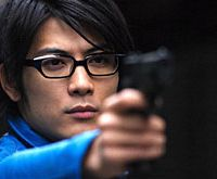 If you poked fun at his nerdy specs, Tetsuji Tamayama, starring in 'Freesia,' would probably kill you. | (c)2006 JIRO MATSUMOTO/