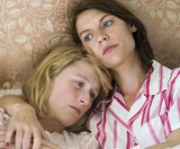 Mamie Gummer (left) and Claire Danes in 'Evening' ® 2007 FOCUS FEATURES