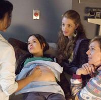 Ellen Page (pregnant), Olivia Thirlby (second from right) and Allison Janney (far right)  © 2007 TWENTIETH CENTURY FOX. ALL RIGHTS RESERVED.