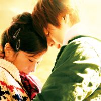 Infinite sadness: Yuriko Yoshitaka (left) and Toma Ikuta in 'Bokura ga Ita Zenpen (We Were There: Part 1).' | ©2012
