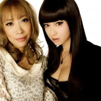 Soul sisters: Director Mika Ninagawa (far left) with actress Erika Sawajiri, who plays LiLiCo in the film adaption of Kyoko Okazaki's manga 'Helter Skelter.' | &#169; 2012 