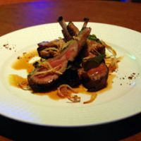 Saut&#233;ed lamb chops with a sweet Passito wine sauce
