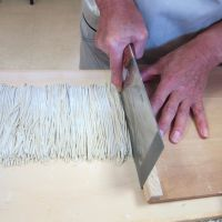 A cut above: Handmade soba noodles taste even better when made with new-harvest flour, and especially in fall. | MAKIKO ITOH