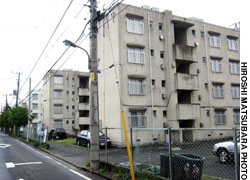 The state spent thousands of hours and millions of yen seeking convictions in the case of three activists arrested for distributed antiwar fliers in a nondescript SDF housing complex in Tachikawa.