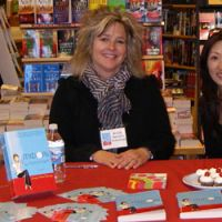 Wendy Tokunaga promotes her book 'Midori by Moonlight' | ANGELA JEFFS PHOTO