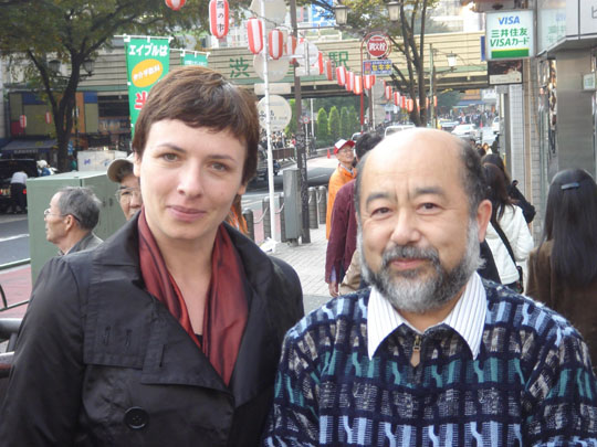 Catching up: East Berlin native Alena Eckelmann Brecht expert and former East Berlin resident Akira Ichikawa in Tokyo on Sunday, 20 years after the fall of the Berlin Wall. | ALENA ECKELMANN PHOTO