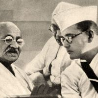 Unlike minds: Mahatma Gandhi (left), the leading pacifist campaigner for Indian independence, speaks to the decidedly non-pacifist Subhas Chandra Bose in Haripura during the annual meeting of the Indian National Congress held there in 1938, when Bose was the organization's president.