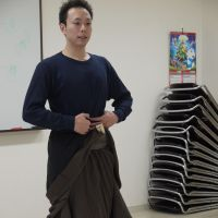 Vertical axis: Kabuki actor Nakamura Hashigo demonstrates the art of standing correctly that proves so difficult for many of his students to master.