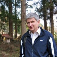 Science master: Ukrainian academic Sergiy Zibtsev, who has a wealth of experience dealing with radioactively contaminated forests, seen in Ogisu, Tochigi Prefecture, during his visit to Tohoku. | WINIFRED BIRD