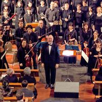 Conductor-composer hits right note with Tokyo children's choir