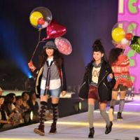 Runaway takeoff: Aspiring model Suguri Shishikura (12, far left) makes her debut at the Tokyo Top Kids Collection. | YOSHIAKI MIURA