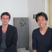 Cultural explorers: Jean de Pange (left) and Shiro Maeda exchange 'Understandable?' ideas in Tokyo — with at least their fluency in laughter in common. | NOBUKO TANAKA
