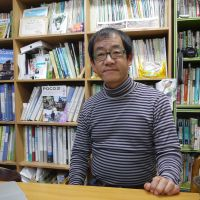 Environmentally minded: Hiroshi Iijima, head of the Asaza Fund, says local and national authorities should work in tandem with citizens' groups like his to investigate and deal with radiation contamination in and around Kasumigaura Lake. | TOMOKO OTAKE