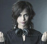 India's pioneering DJ Pearl goes global