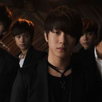 Korean boy band F. T. Island still look to grow after release of 'Grown Up'