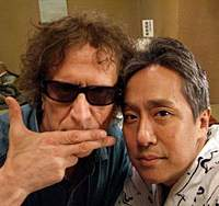 Mick Rock (left) and Nakamura Kanzaburo XVIII