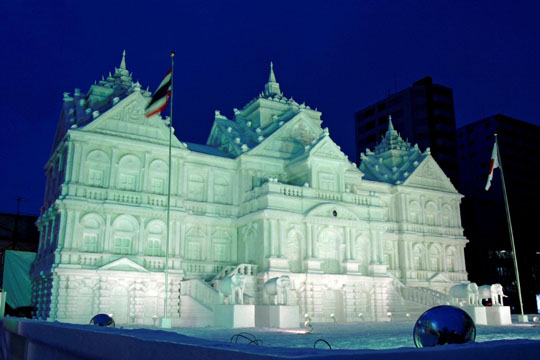 Cool event: Massive snow sculptures, like this one from 2006, will be on display again at Odori Park for the 2009 Sapporo Snow Festival, Feb. 5-11. | TOURISM ADMINISTRATION OF SAPPORO