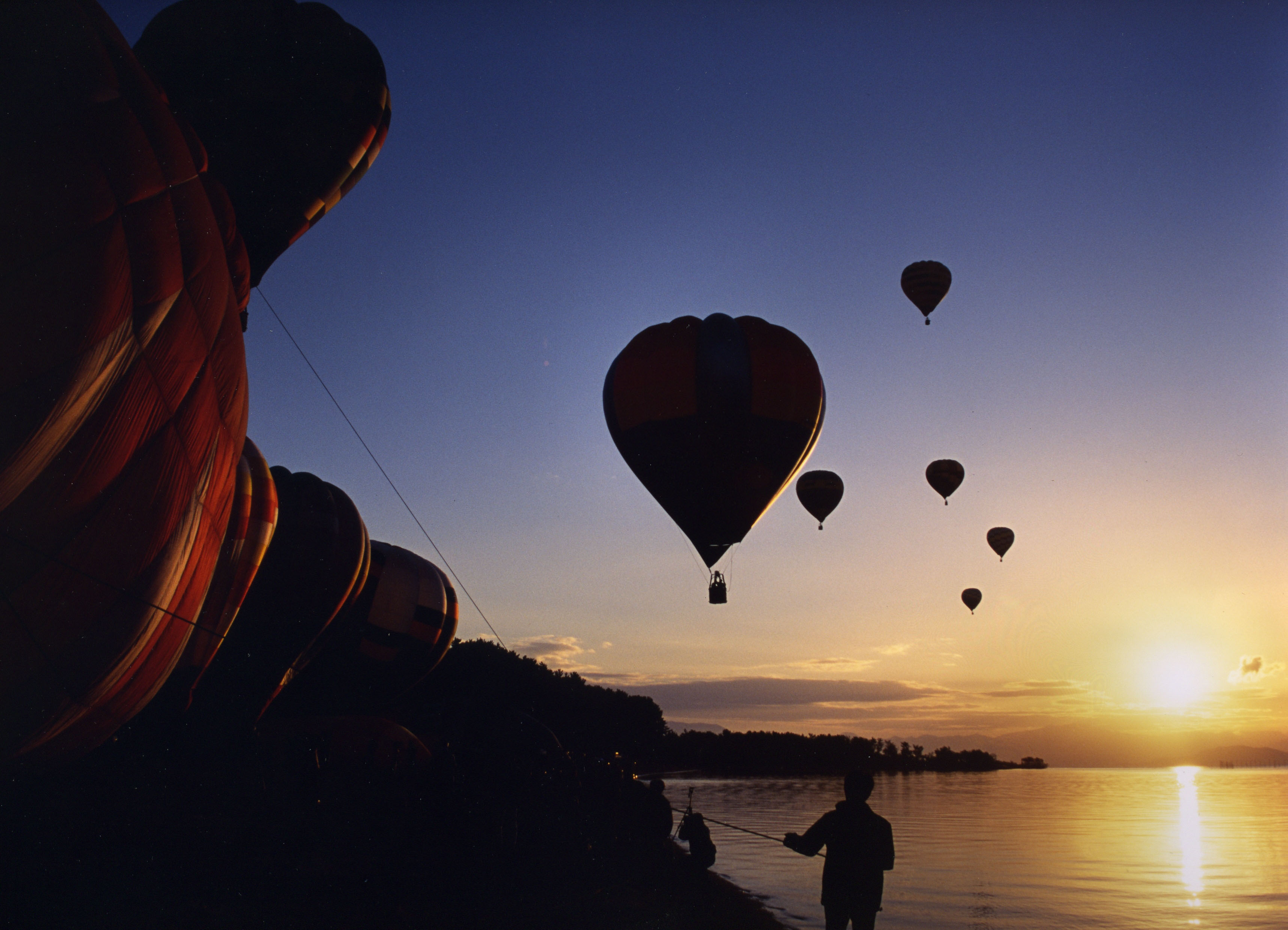 Floating in the wind: The Lake Biwa Hot Air Balloon Crossing promises some spectacular vistas.