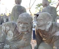Two statues representing the rakan disciples of Buddha at Senba Toshogu Shrine | YUKARI PRATT PHOTO