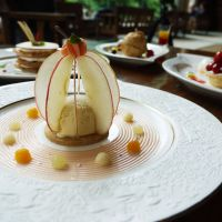 One of many appetizing apple desserts at Oirase Keiryu Hotel in Towada City.