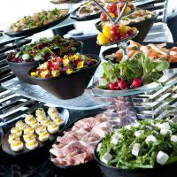 Sunday brunch with Champagne; strawberry sweets afternoon tea; eat local at Yokohama buffet