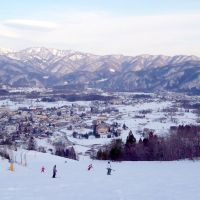 Double delights: Hakuba's fine slopes (above) and Shirouma-so's stylish reception area. | EDAN CORKILL; COURTESY OF SHIROUMA-SO