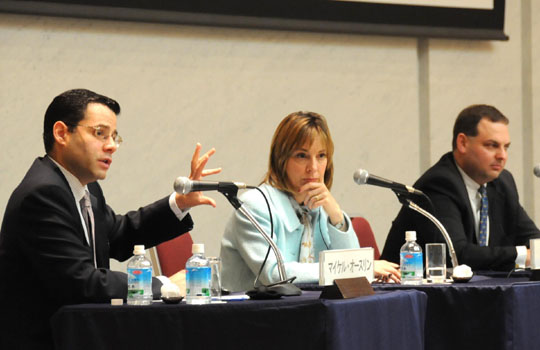 U.S. think tank experts &#8212; (from left) Michael Auslin, Michele Dunne, Drew Thompson, (below) Mark Calabria and Gary Hufbauer &#8212; discuss foreign, security and economic challenges facing Japan and the United States during a Jan. 28 symposium at Keidanren Kaikan in Tokyo. | SATOKO KAWASAKI PHOTOS
