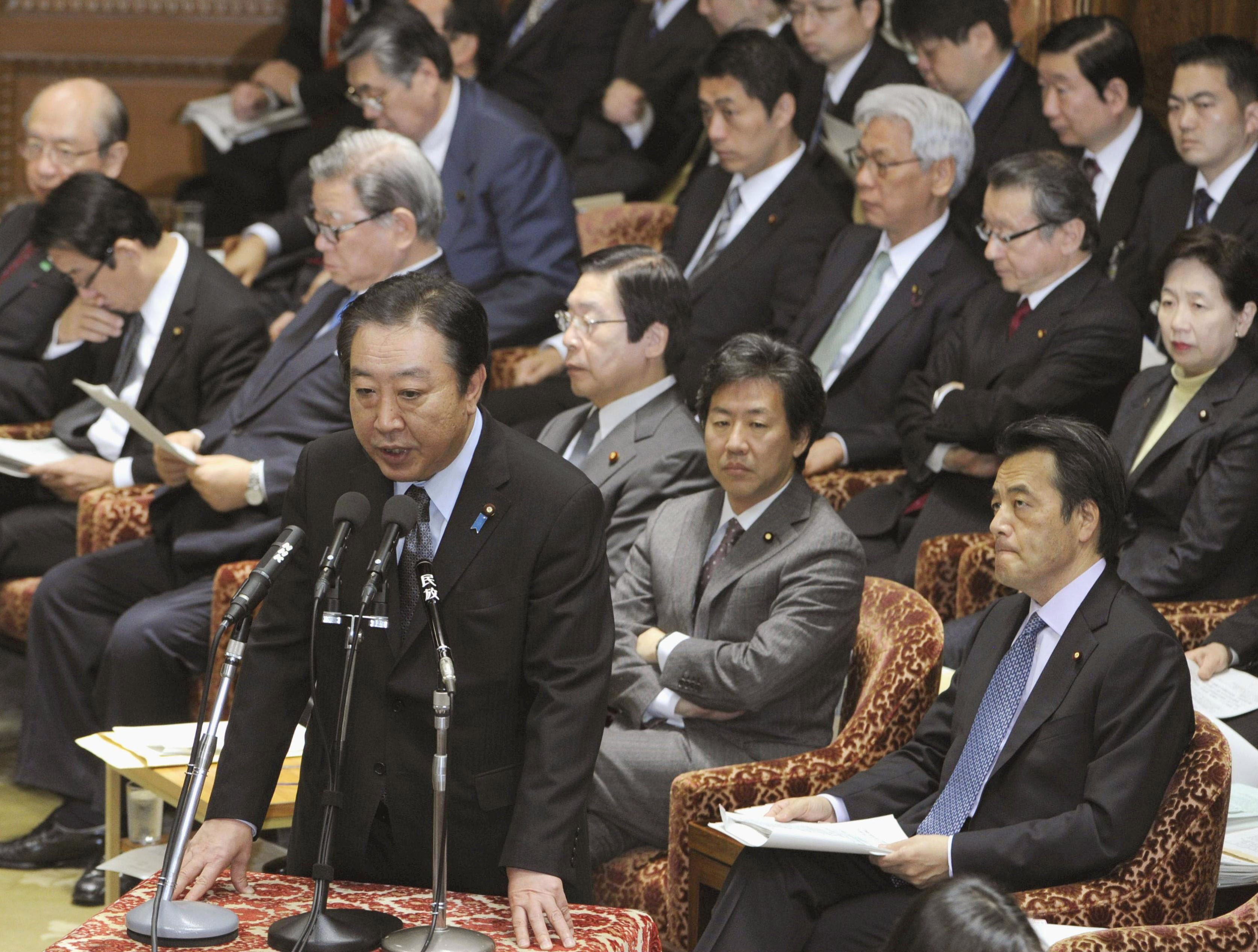 Showdown time: Prime Minister Yoshihiko Noda tells the Lower House Budget Committee about the Cabinet's Friday approval of the sales tax hike bill. | KYODO