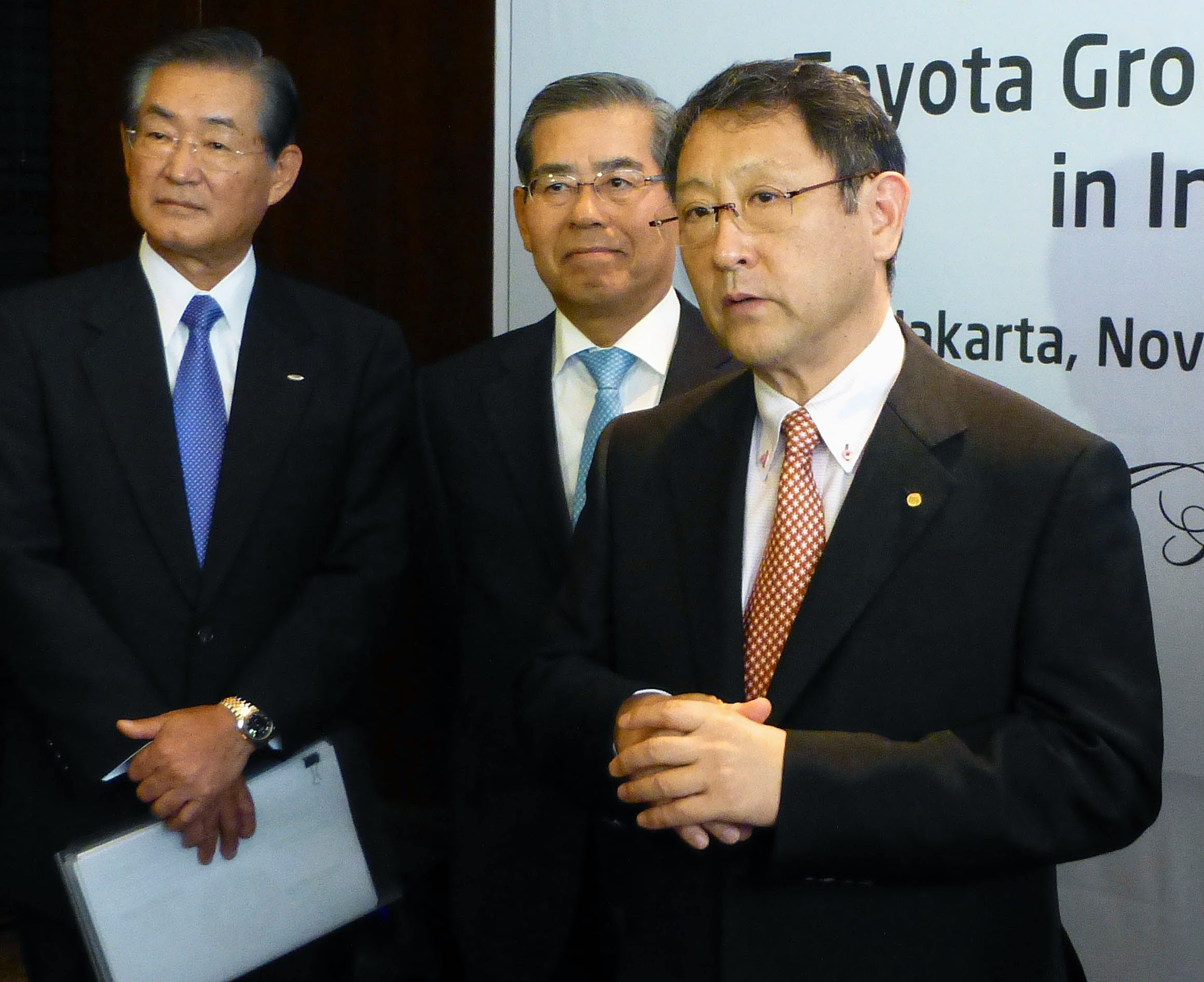 Automo-deal: Toyota Motor Corp. President Akio Toyoda speaks to reporters after talks Saturday with Indonesian President Susilo Bambang Yudhoyono in Jakarta. | KYODO