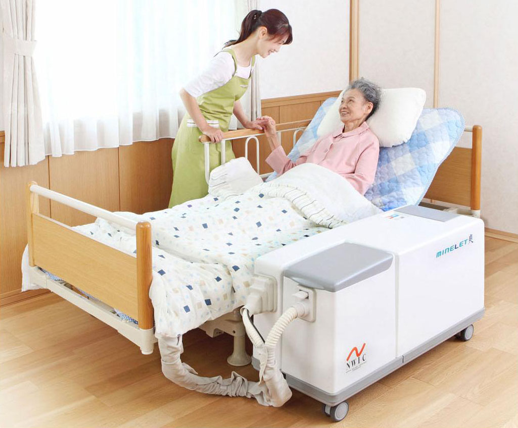Assisted living: A system that provides toilet assistance to bedridden people will be sold by Daiwa House Industry Co. starting next month. | DAIWA HOUSE INDUSTRY CO./KYODO