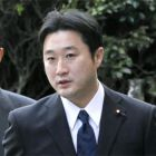 Ozawa ex-aides deny cooking funds books