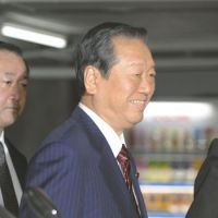 DPJ suspends Ozawa; Kan hints at election