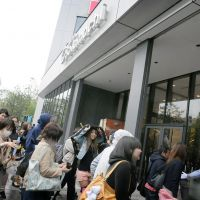 Star attraction: The first visitors to Tokyo Skytree in Sumida Ward head through the doors as the complex opened to the public at 9:45 a.m. Tuesday. | SATOKO KAWASAKI
