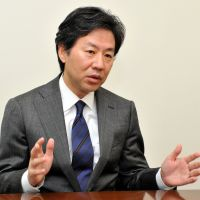 Strategist: Jun Azumi, deputy secretary general of the Democratic Party of Japan, is interviewed Tuesday in Tokyo. | YOSHIAKI MIURA