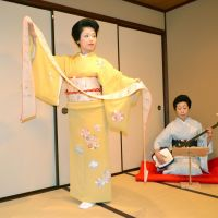 Captivating: Momotaro performs at the Nakanoya teahouse in Kanazawa, Ishikawa Prefecture, on Oct. 10. | KYODO