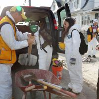 Japanese professor, students aid Sandy victims