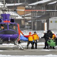 Rescuers lose contact with nine climbers