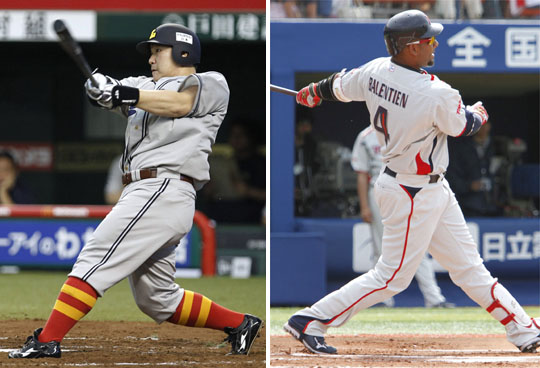 Seibu's Takeya Nakamura (left) and Tokyo Yakult's Wladimir Balentien were the only NPB players to hit at least 30 home runs in 2011. | KYODO PHOTOS