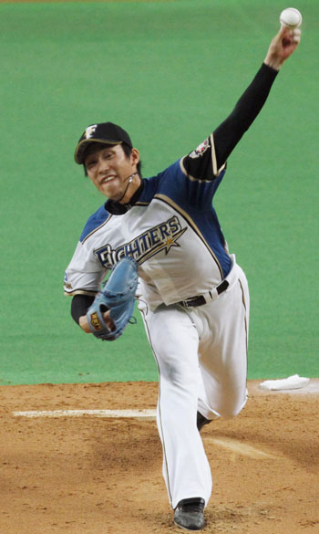 Stellar numbers: Fighters southpaw Mitsuo Yoshikawa improved to 7-2 as Hokkaido Nippon Ham defeated the Yomiuri Giants 5-1 at Sapporo Dome on Thursday. | KYODO