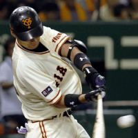 Big afternoon: Giants youngster Taishi Ota has a three-hit outing and finishes with three RBIs against the visiting BayStars on Saturday at Tokyo Dome. Yomiuri handed Yokohama a 9-1 defeat. | KYODO