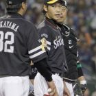 Kishi gives Takeda a lesson in playoff baseball