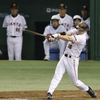 Banner night: The Giants' John Bowker drove in five runs in Yomiuri's 8-1 victory in Game 1 of the Japan Series on Saturday at Tokyo Dome. | KYODO